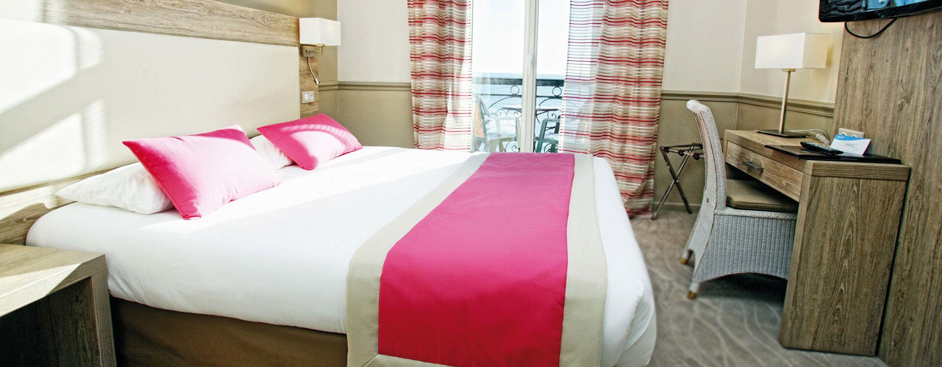 Chambre standard vue mer - Hôtel*** Royal Westminster à Menton